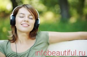 фото девушка слушает музыку для одыха